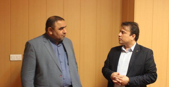 بازدید مدیرکل اشتغال و کارآفرینی بنیاد از بیمارستان میلاد شهریار