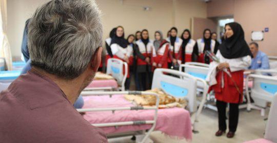 جمعیت هلال احمر شهریار مهمان بیمارستان میلاد