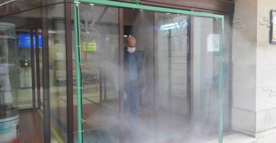 کارگزاری مه پاش ضد عفونی کننده در ورودی بیمارستان میلاد شهریار